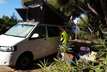 Hire a motorhome in Badem from private owners| VW T5 Francis