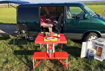 Hire a motorhome in Badem from private owners| VW T4 Commander