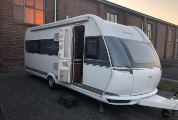 Hire a motorhome in Pfungstadt from private owners  Hobby Wohni II