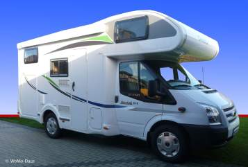 Hire a motorhome in Wenzendorf from private owners| Chausson Shorty