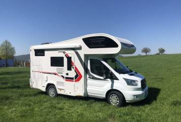 Hire a motorhome in Bendorf from private owners| Challenger Apollo