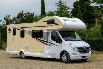 Hire a motorhome in Grünstadt from private owners| Ahorn Canada Jumbo
