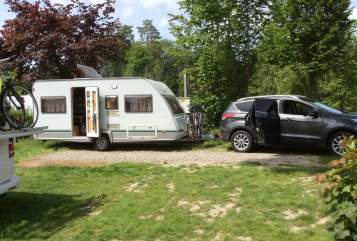 Hire a motorhome in Herbolzheim from private owners| Knaus Tabbert Breisgauholiday
