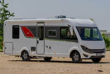 Hire a motorhome in Willich from private owners| Bürstner Schorschi