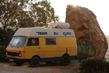Hire a motorhome in Brühl from private owners| VW Team zu Kurz