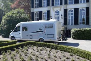 Hire a motorhome in Ommen from private owners| Hymer Eriba Hymer