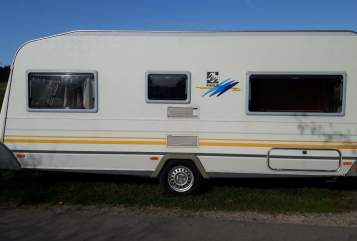 Hire a motorhome in Fuchstal from private owners| Knaus Mountain View