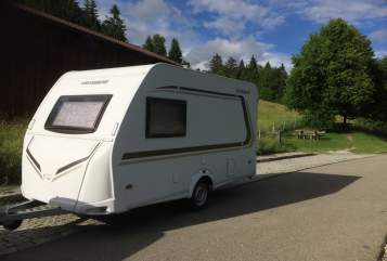 Hire a motorhome in Königsbrunn from private owners| WEINSBERG  Flotte Biene