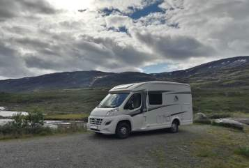Hire a motorhome in Chemnitz from private owners| Knaus Vanti