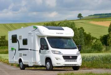 Hire a motorhome in Ahlen from private owners| Eura Mobil Forsti