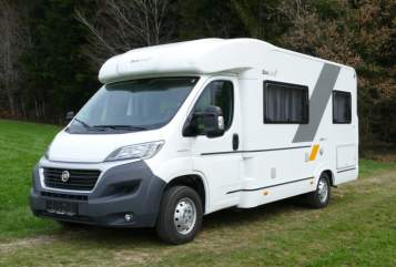 Hire a motorhome in Fornach from private owners| ADRIA SunnY