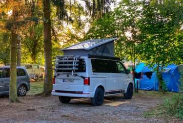 Hire a motorhome in München from private owners|  VW T6 WhiteRose