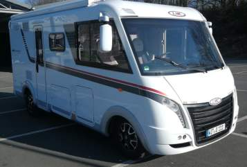 Hire a motorhome in Witten from private owners  LMC  Linni