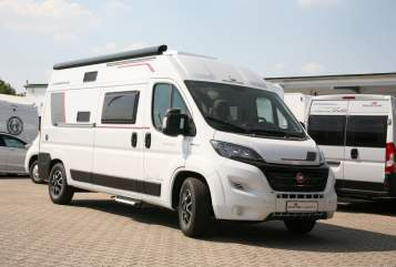 Hire a motorhome in Witten from private owners| Rollerteam Advance