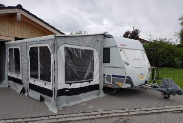 Hire a motorhome in Raubling from private owners| Dethleffs Familienkutsche