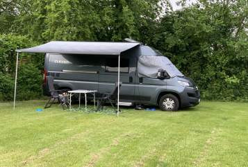 Hire a motorhome in Essen from private owners| Clever  Willi