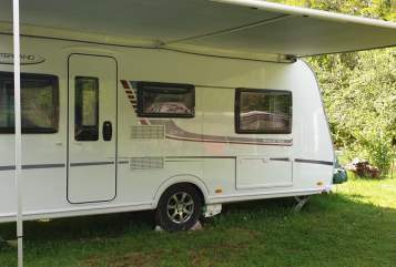 Hire a motorhome in Backnang from private owners| LMC Lena