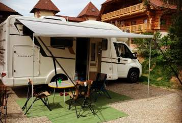 Hire a motorhome in Schorndorf from private owners| Eura Mobil Fritzle