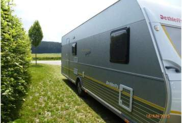 Hire a motorhome in Hartheim am Rhein from private owners| Dethleffs Wohni