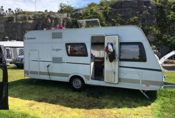 Hire a motorhome in Gummersbach from private owners| Detleffs Family Camper