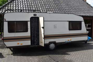 Hire a motorhome in Fintel from private owners| Knaus Niflheim