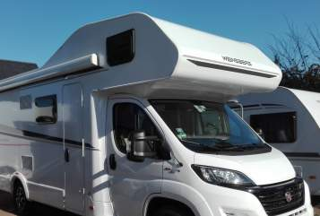 Hire a motorhome in Weinböhla from private owners| Weinsberg Vabadus 1