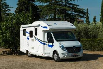 Hire a motorhome in Rendsburg from private owners| Ahorn 1horn