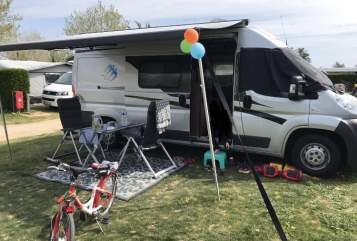 Hire a motorhome in Mönchengladbach from private owners  Knaus  Womo