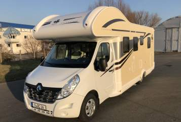 Hire a motorhome in Gera from private owners| Ahorn Franz