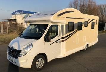 Hire a motorhome in Gera from private owners| Ahorn Kurt