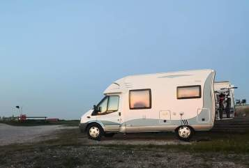 Hire a motorhome in Dörverden from private owners| Hobby Shorti
