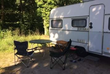 Hire a motorhome in Schopfheim from private owners| Dethleffs Hubbi