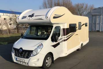 Hire a motorhome in Gera from private owners| Ahorn Theo