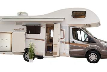 Hire a motorhome in Berlin from private owners| Ford  Ford Family