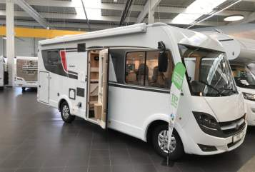 Hire a motorhome in Netphen from private owners| Bürstner Lyseo Time 1