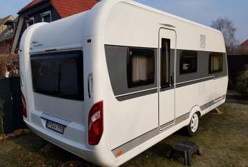 Hire a motorhome in Nuthetal from private owners| Hobby CoCo1