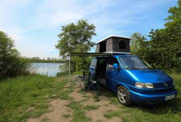 Hire a motorhome in Halle from private owners| Volkswagen Blau Bär