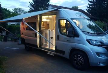 Hire a motorhome in Neuenhagen bei Berlin from private owners| Challenger Ella