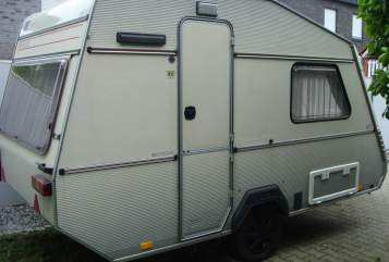 Hire a motorhome in Oldenburg from private owners| Kip Kippy Light WW