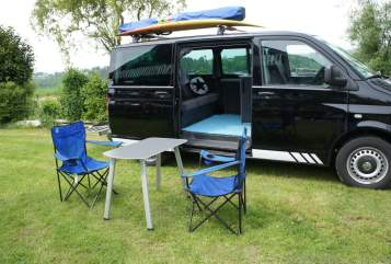 Hire a motorhome in Hennef from private owners| VW Blackbully