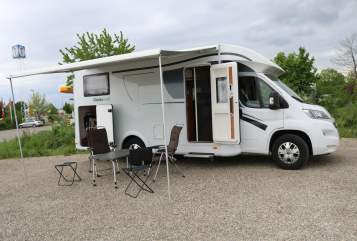 Hire a motorhome in Schrobenhausen from private owners| Dethleffs Marathoni