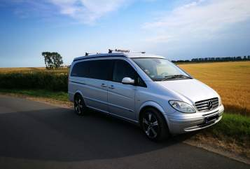 Hire a motorhome in Neustadt in Holstein from private owners| Mercedes Buddy