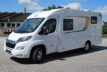 Hire a motorhome in Hebertsfelden from private owners| Carado Summer