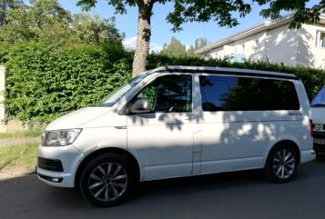 Hire a motorhome in Berlin from private owners| VW Steve