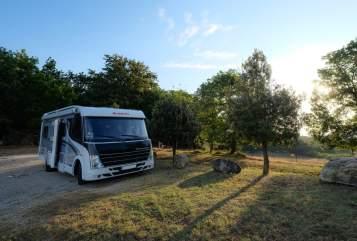 Hire a motorhome in Ettlingen from private owners  Dethleffs Little Bull