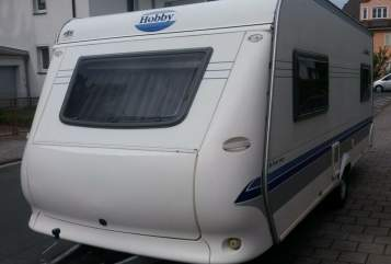 Hire a motorhome in Nürnberg from private owners| Hobby Hobby 495