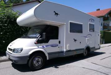 Hire a motorhome in Kolbermoor from private owners| Ford Transit Oskar