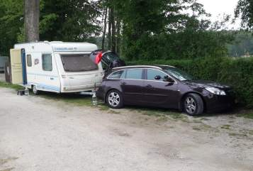 Hire a motorhome in Terwispel from private owners| Caravelair Caravelair