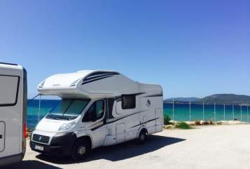 Hire a motorhome in Feldkirchen from private owners| Knaus Luigi Camper