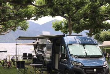 Hire a motorhome in Erzhausen from private owners| Westfalia Chris Columbus